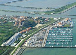 Darsena – posti barca con parcheggio auto