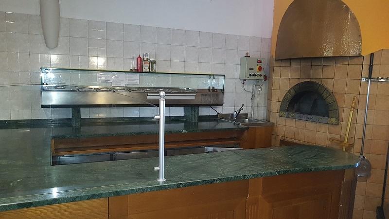 Ristorante pizzeria con appartamento
