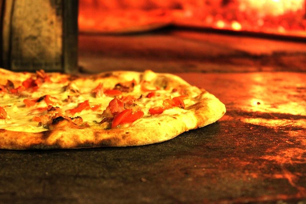 Pizzeria in Piazza principale